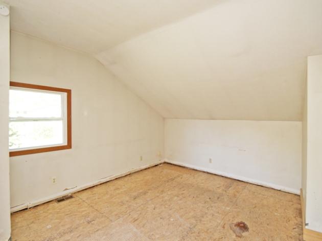263-295517-main room 3